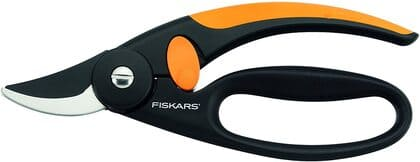 tijera de podar de mano marca Fiskars